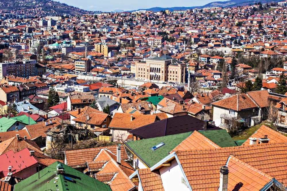 Вид на старый город Сараево в Боснии и Герцеговине
