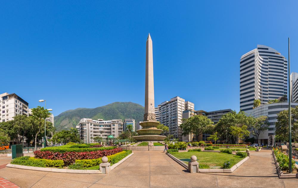 Площадь Франции в Венесуэле