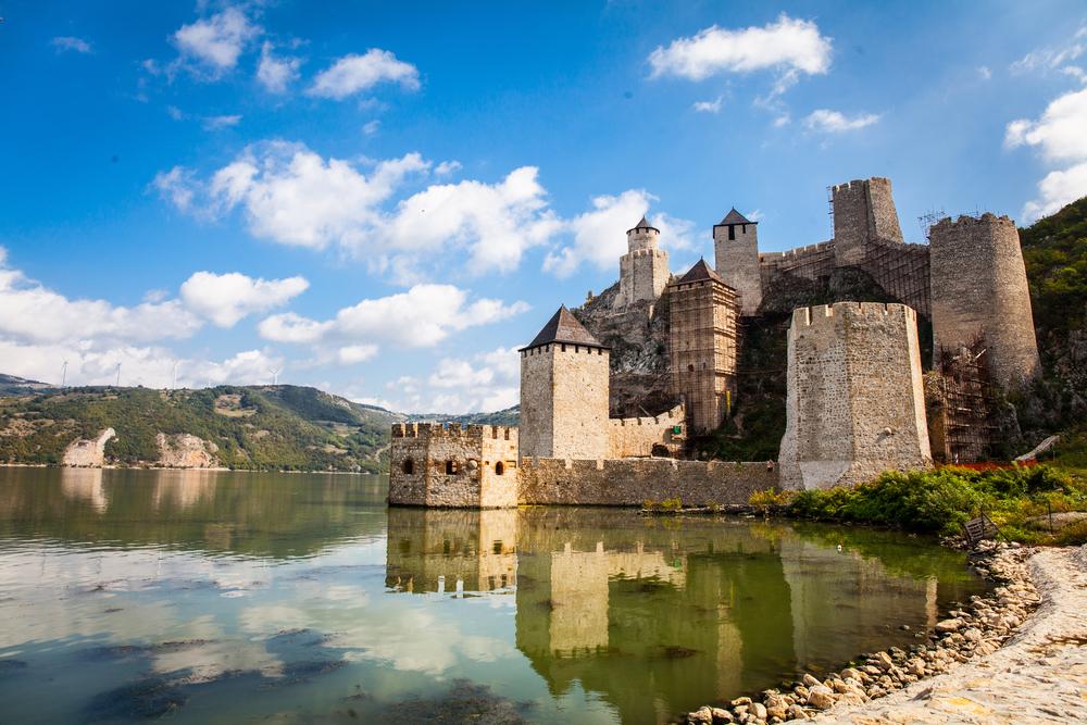 Голубацкая крепость на Дунае
