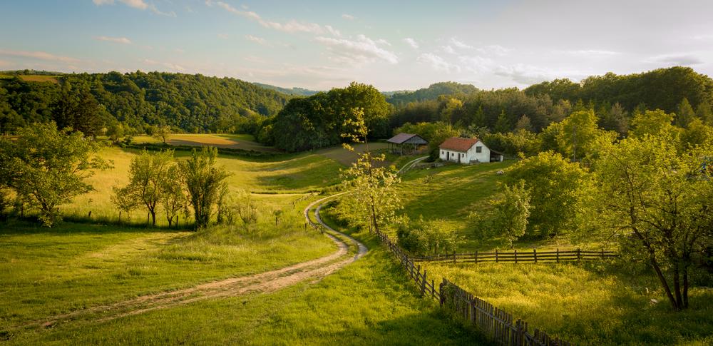 Деревня около города Валево