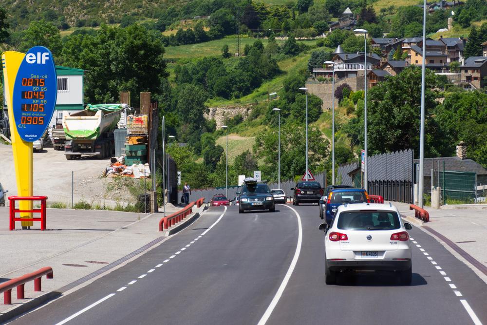 Автомобильная дорога в Андорре-ля-Велья