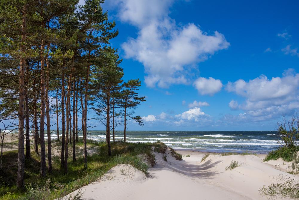 Берег Балтийского моря в Латвии
