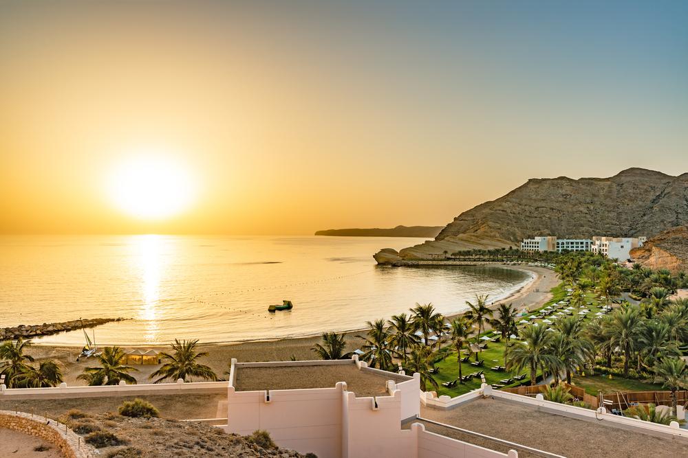 Песочный пляж в Омане