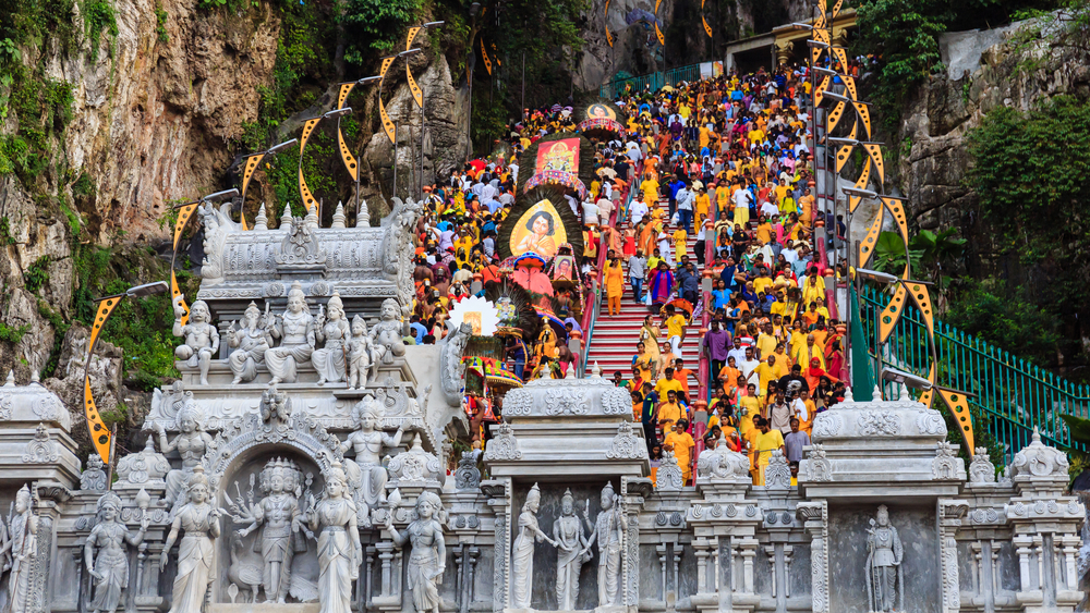 Индуистский храм Бату Кейвз