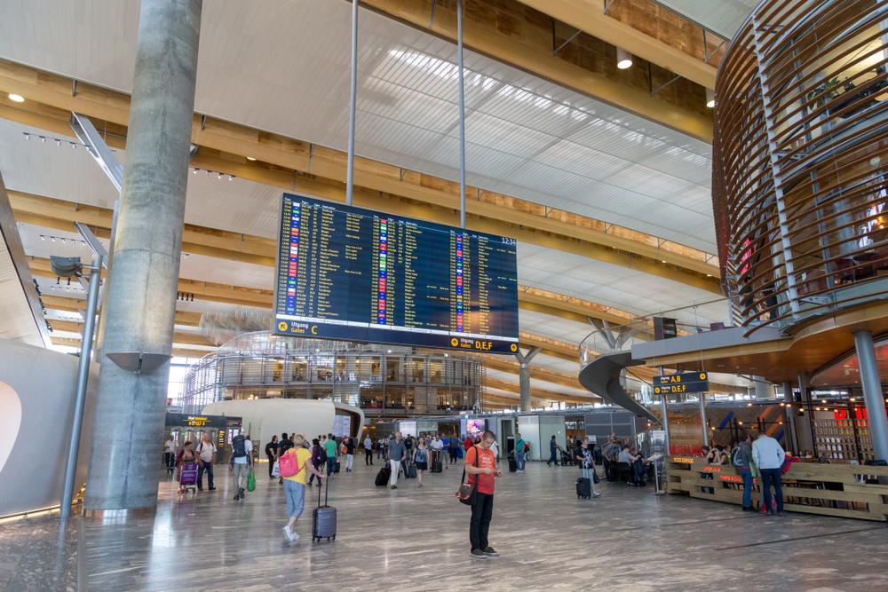 Аэропорт Гардермуэн в Осло