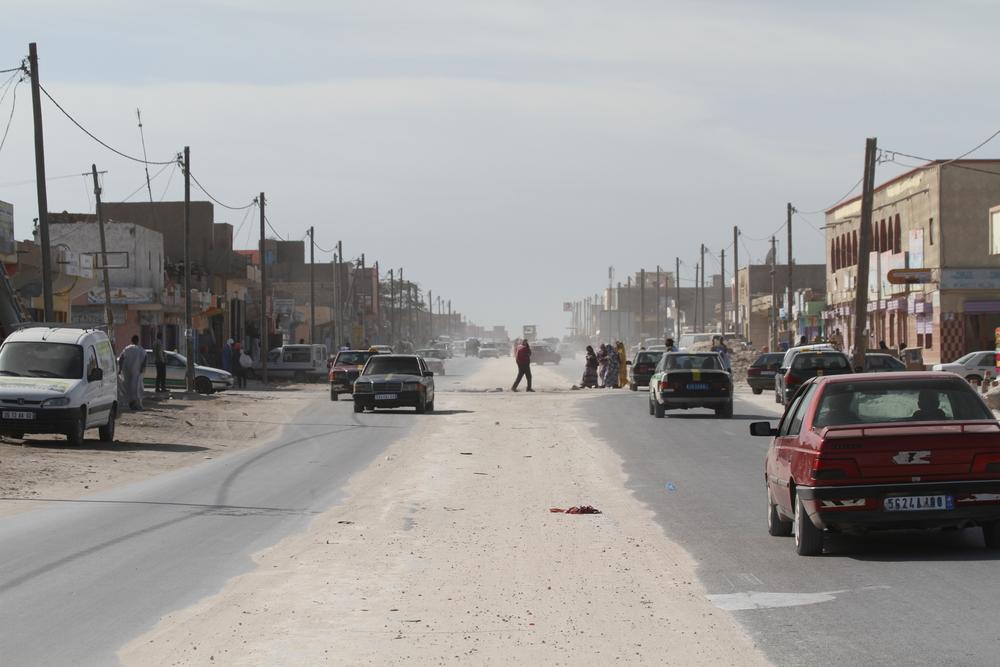 Дорожное движение на улице Мавритании