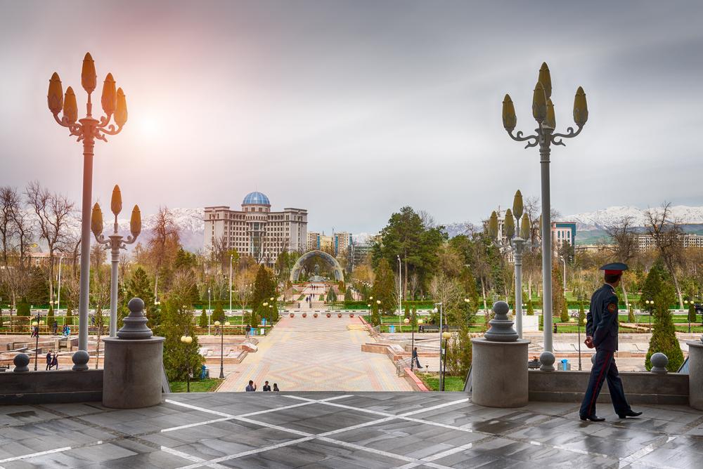 Центральная площадь Душанбе – столицы Таджикистана