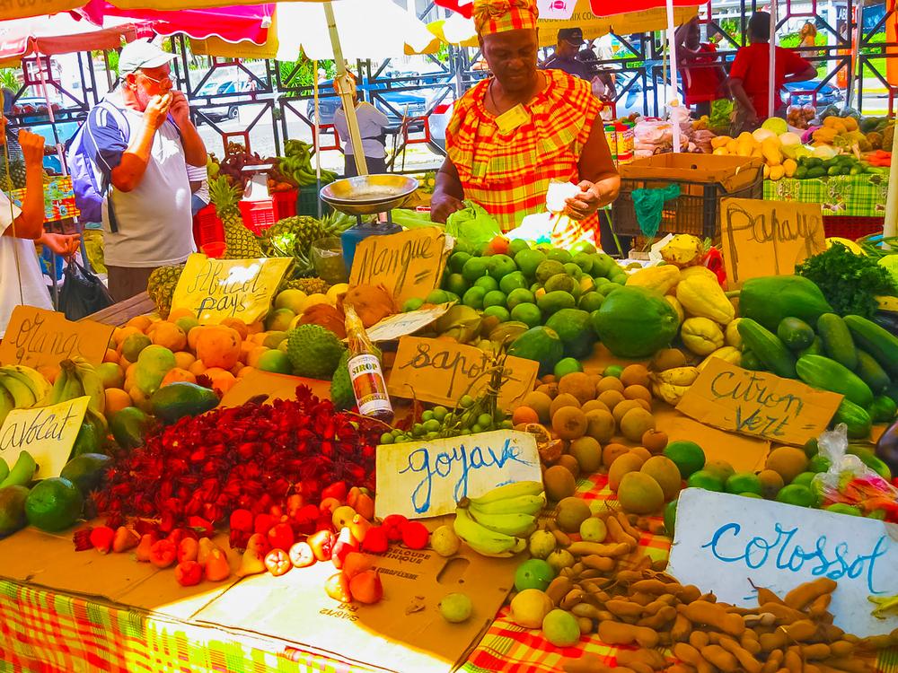 Уличный рынок в Гваделупе