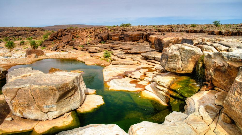 Скалистый пруд на плато Адрар