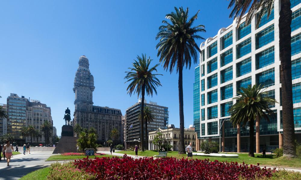 Площадь Независимости в Монтевидео