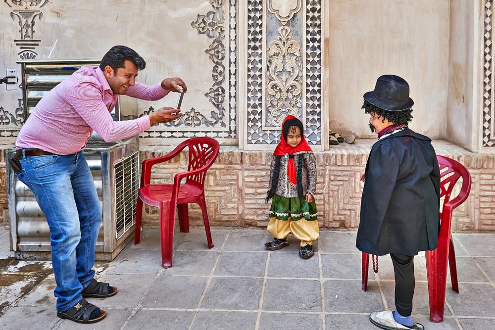 Ребенок в национальной одежде