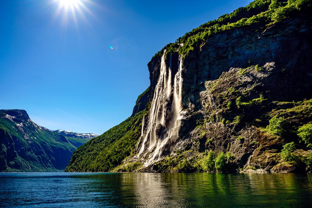 Водопад Семь Сестер в Норвегии
