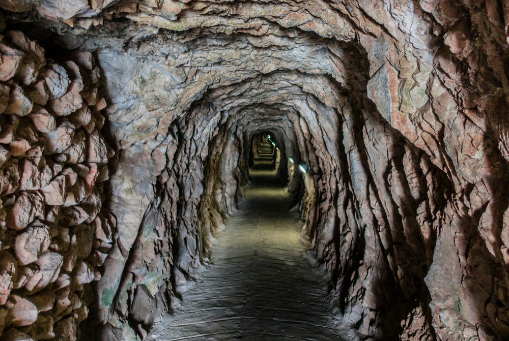 Большие осадные туннели