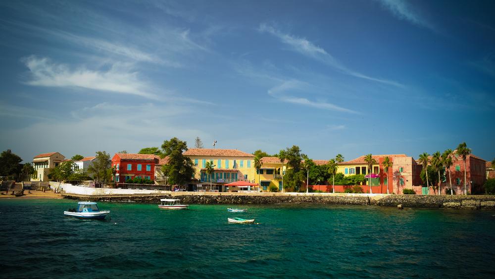 Исторический город на острове Горе