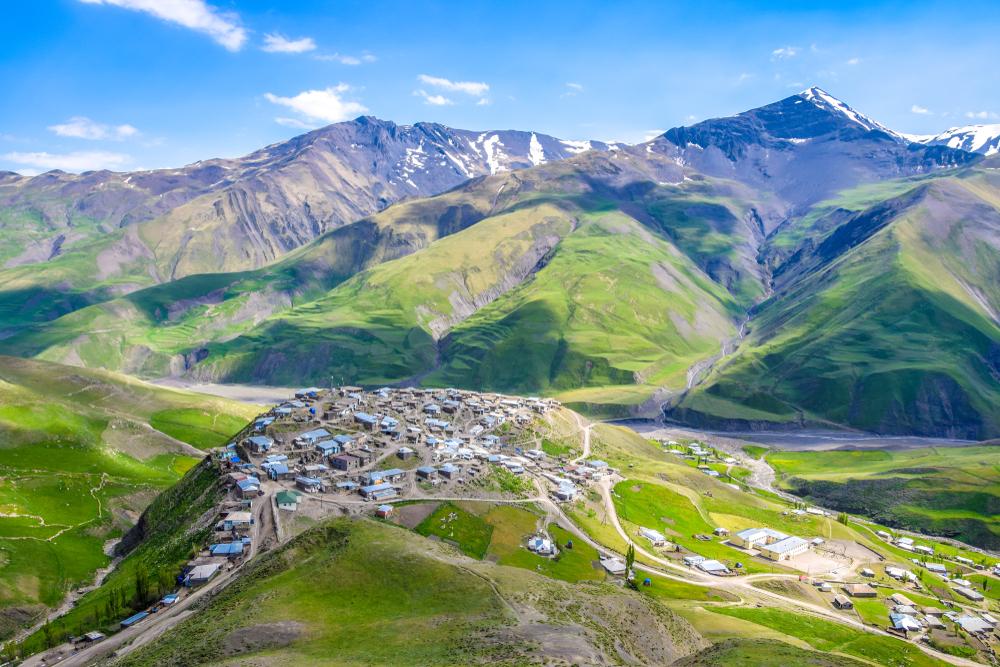 Горная деревня Хиналуг, Азербайджан
