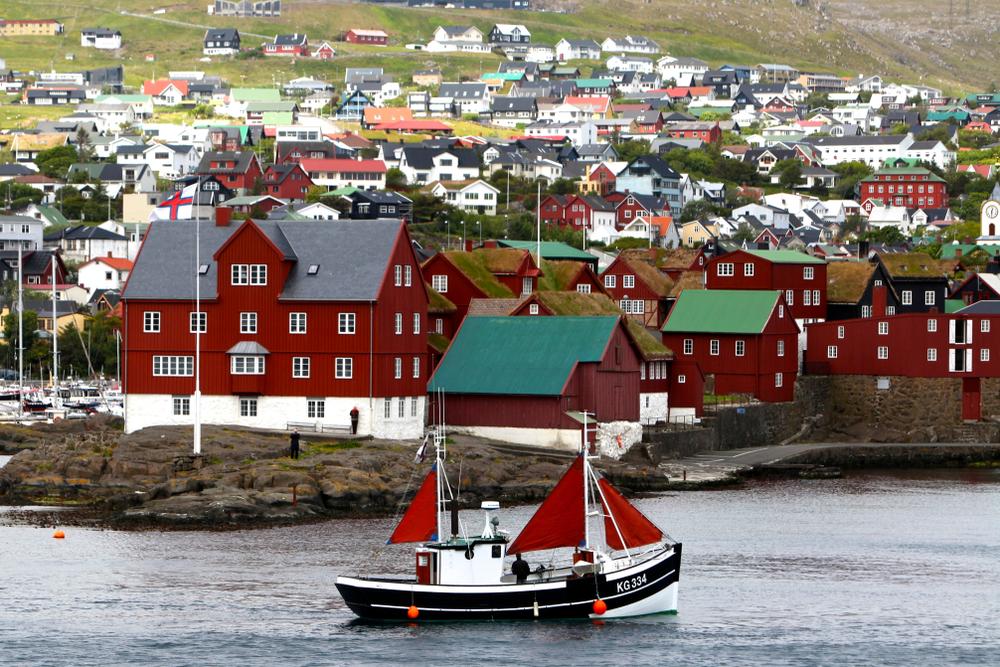 Город Торсхавн - столица Фарерских островов