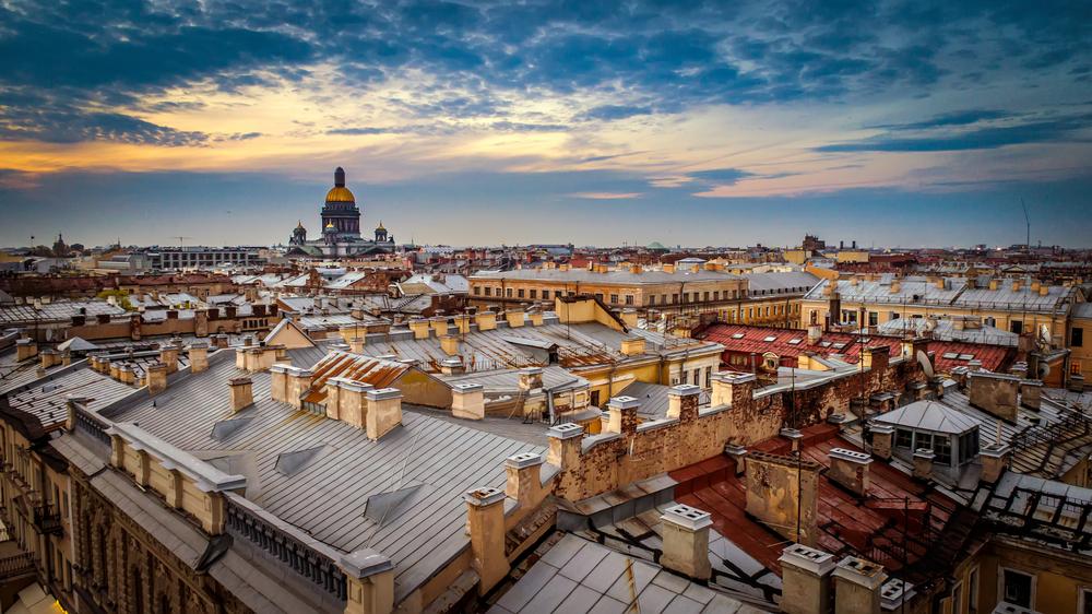 Переезд в Санкт-Петербург, отзывы переехавших о жизни в городе, стоит ли ехать из Москвы на ПМЖ, уровень местных зарплат