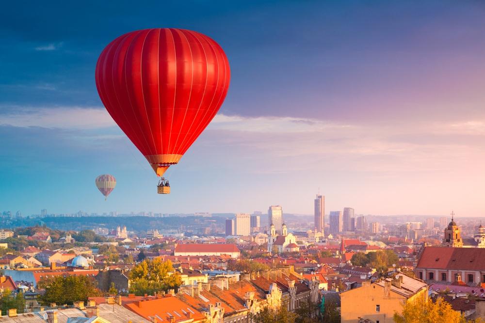 Вид с воздушного шара на Вильнюс, Литва