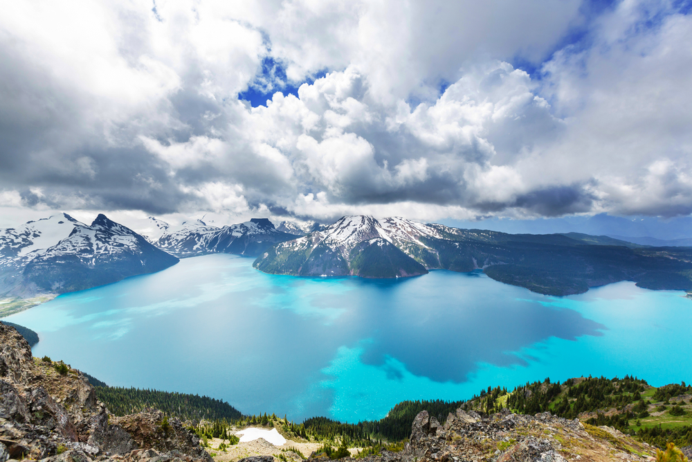 Живописное озеро Гарибальди, Канада