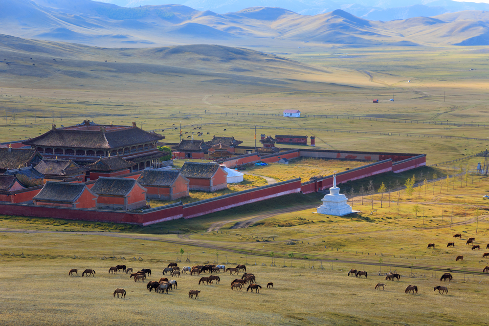 Монастырь амарбаясгалант в Северной Монголии