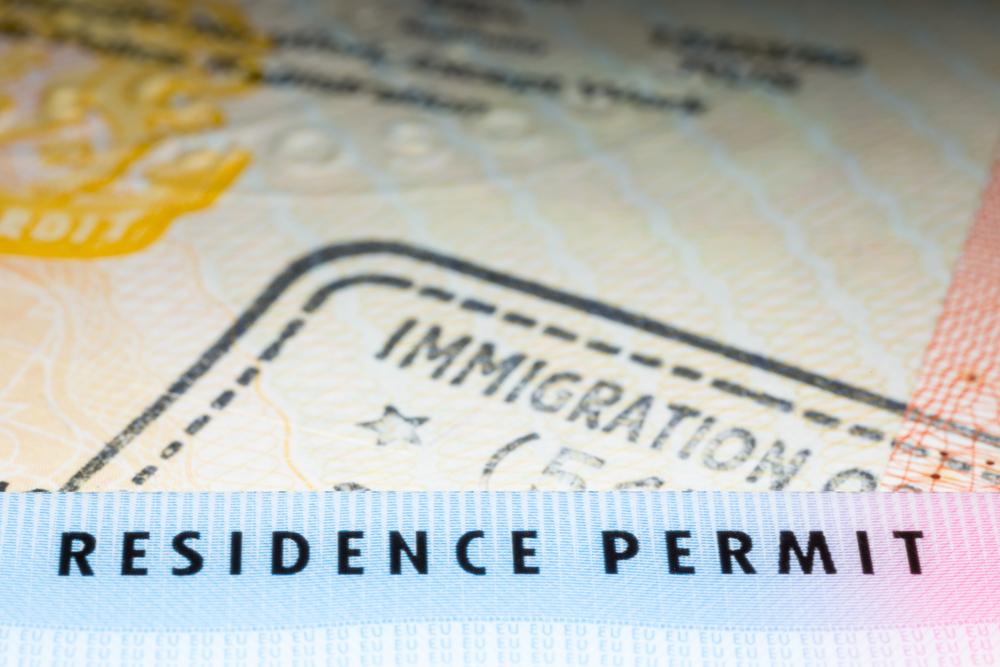 Вид на жительство в паспорте