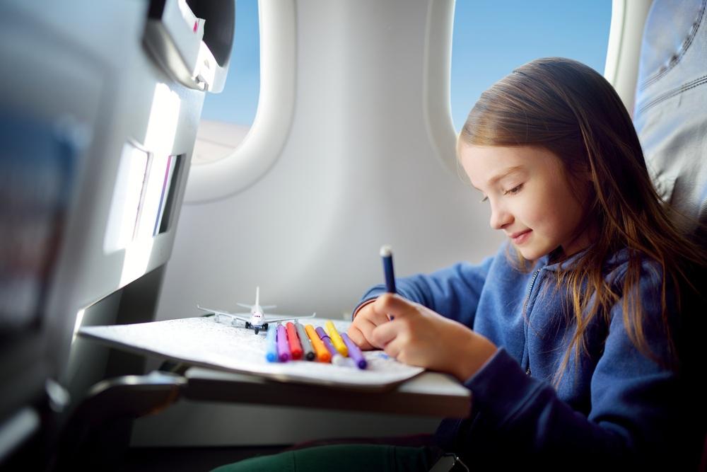 Как помочь ребенку побороть страх перед полетом