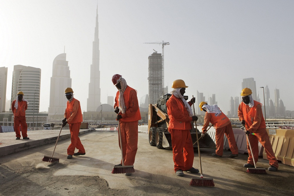 Работа для мигрантов в ОАЭ