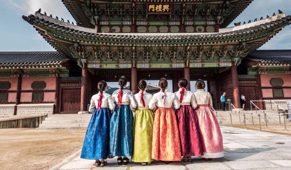 Развлечения в университетах Кореи