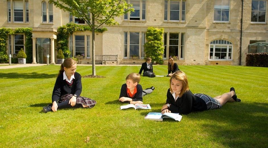Обучение за границей для школьников