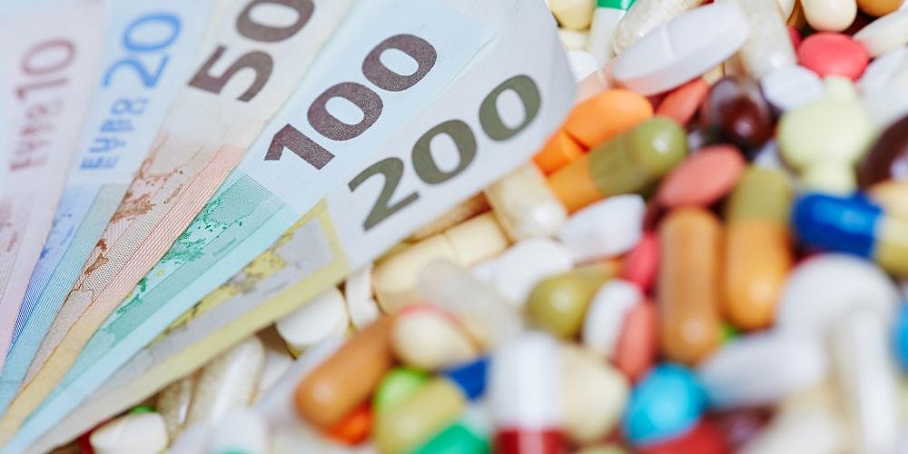 Отчисления в фонд обязательного медицинского страхования во Франции