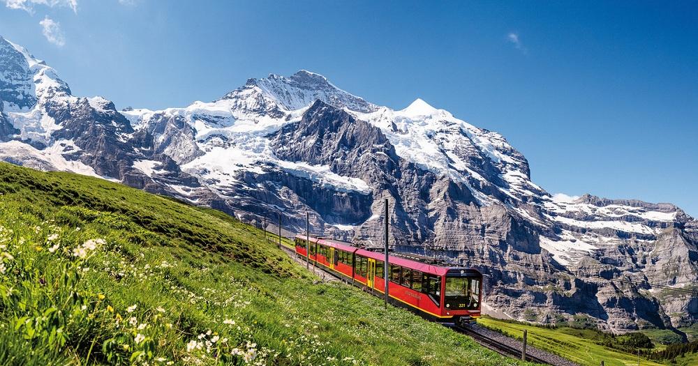 Плюсы и минусы гражданства Швейцарии