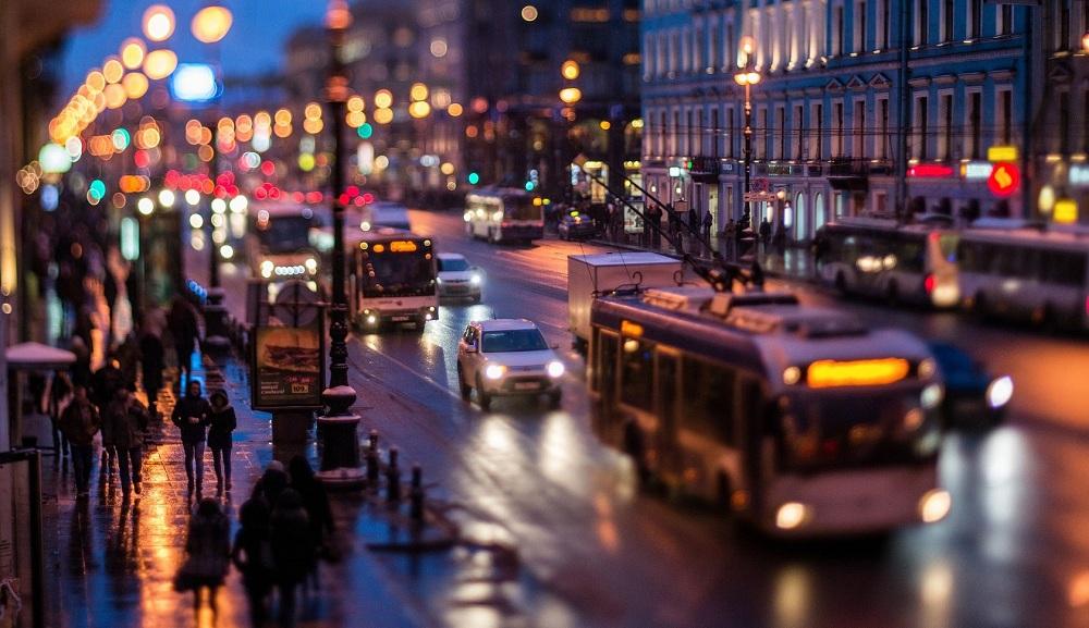 Расходы в Санкт-Петербурге на жилье, транспорт, бытовые нужды