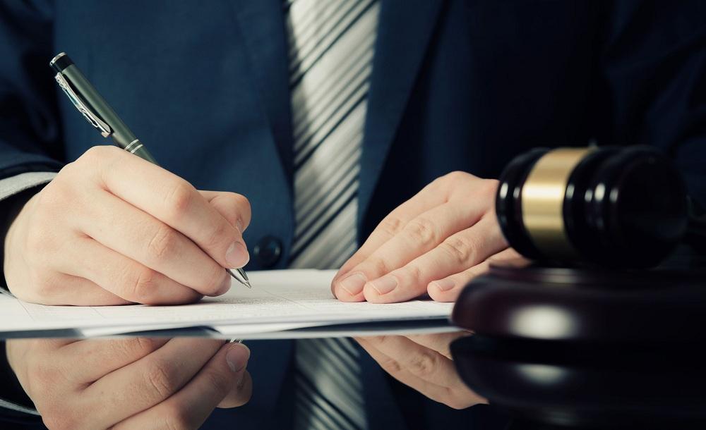 Услуги адвоката при подаче прошения на политическое убежище в США