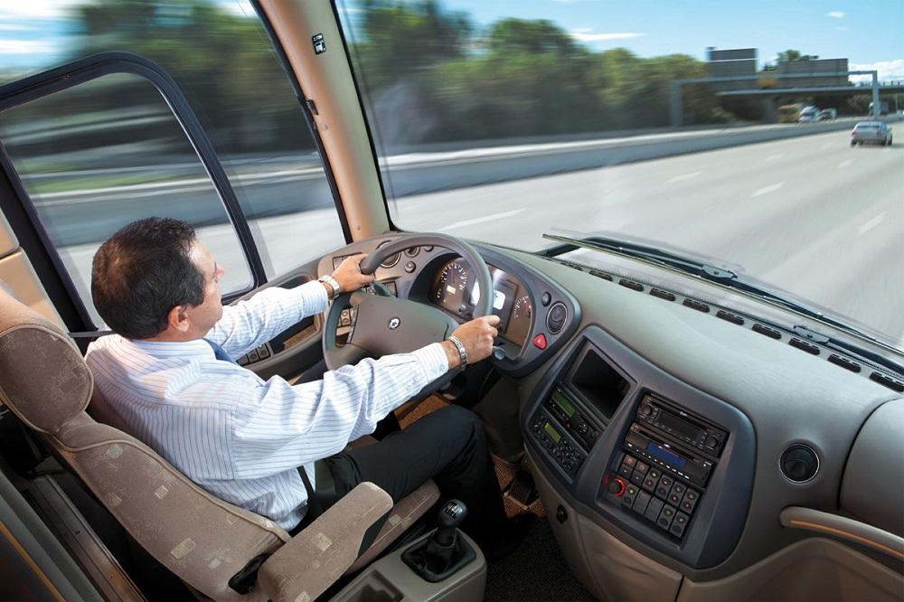Водитель микроавтобуса в Финляндии