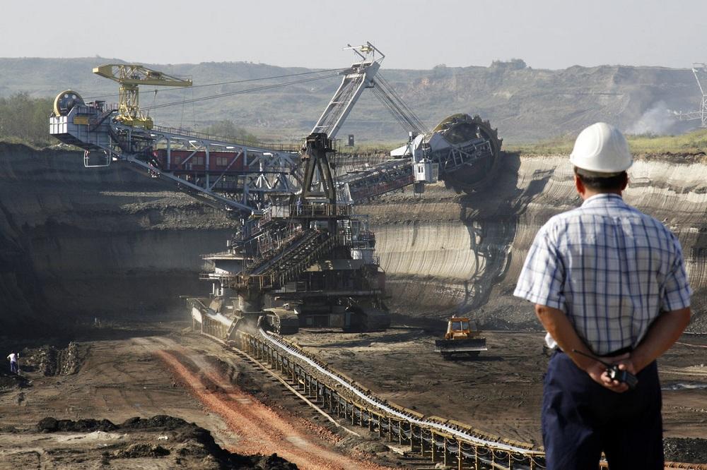 Зарплата в сфере добычи полезных ископаемых