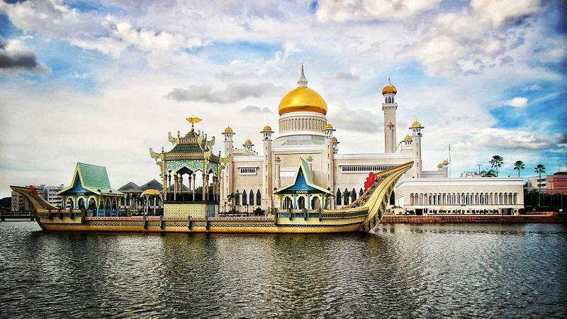 Бандар-Сери-Бегаван, Бруней