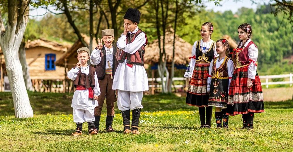 Сербские национальные костюмы
