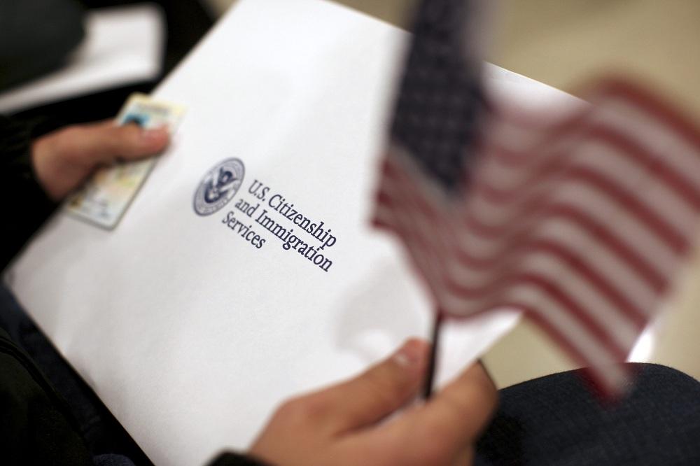 ВНЖ США на основании политического убежища
