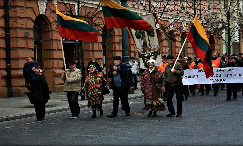 Жизнь пенсионеров в Литве