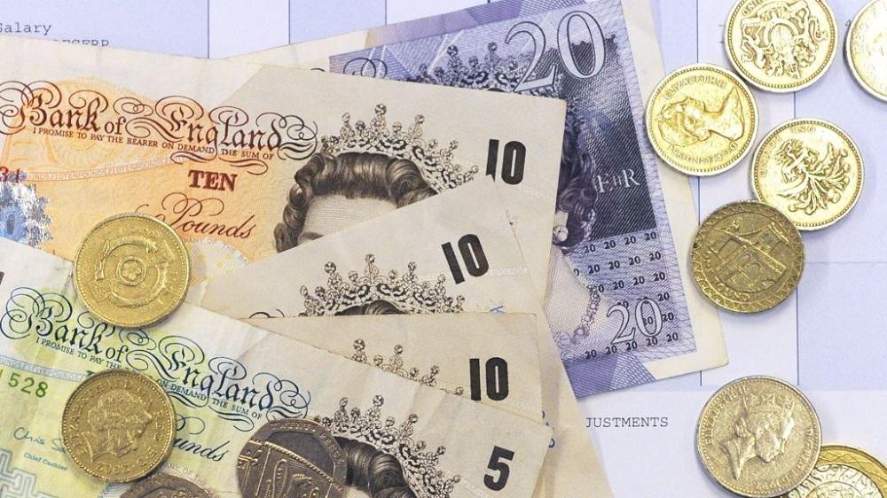 Средняя зарплата в Англии