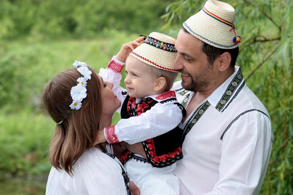 Гражданство Румынии через усыновление