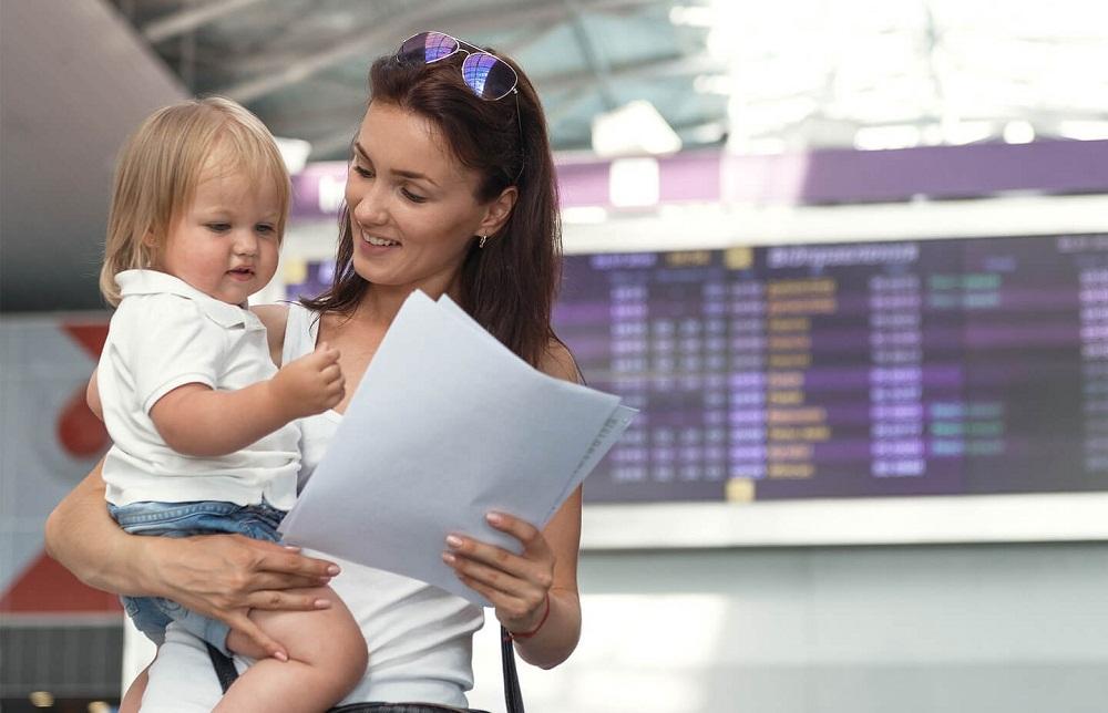Порядок и правила выезда несовершеннолетнего ребенка за границу в 2020 году: оформление документов