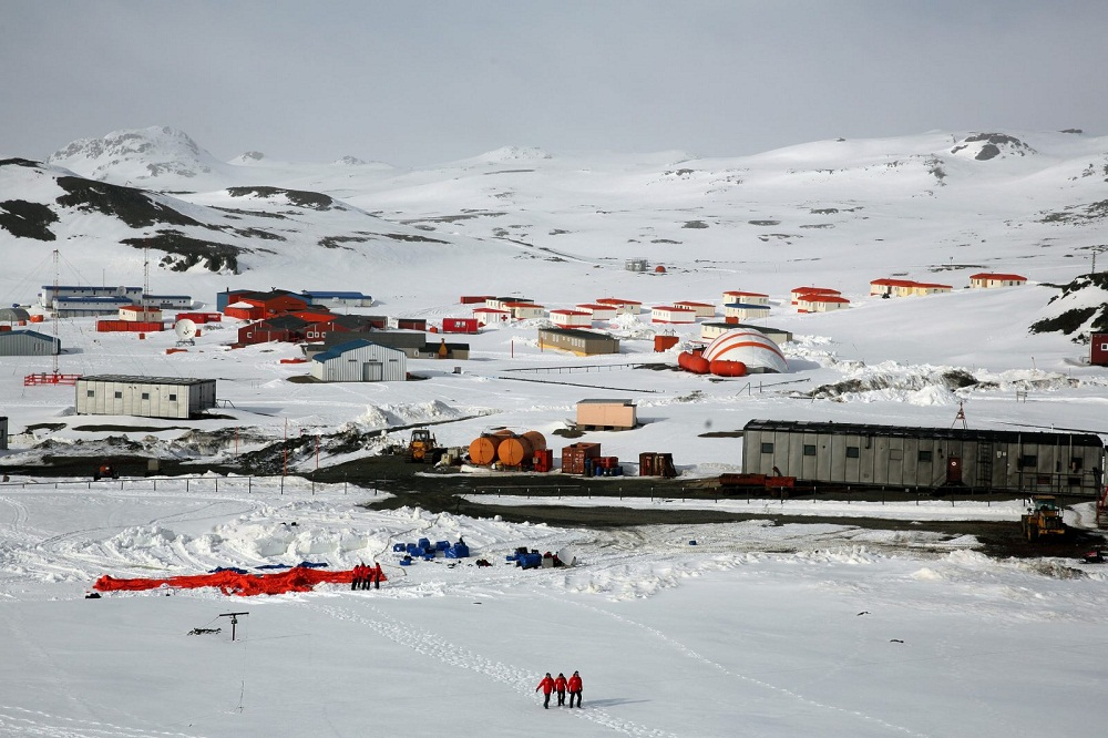 Вахтовый метод в Антарктиде