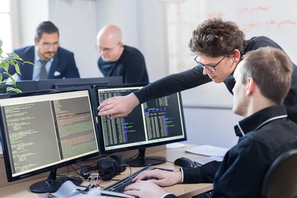 Зарплата программиста в частной компании