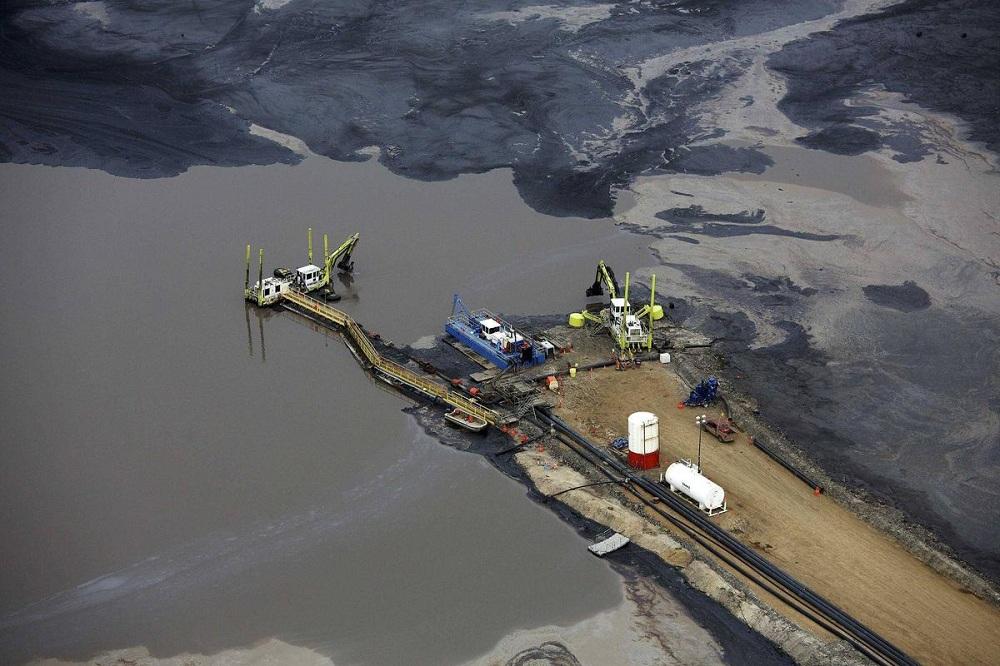 Нефтяные пески в Канаде