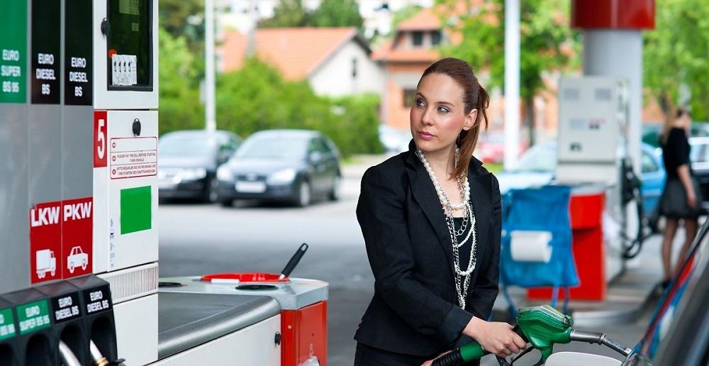 Стоимость бензина в ЕС и в Чехии