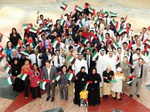 Население ОАЭ: как живут местные и приезжие