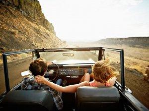 Путешествие за границу за рулем: нюансы поездки