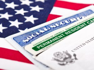 Правила получения ВНЖ в США: от оформления визы до гражданства