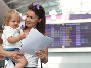 Разрешение на выезд ребенка за границу: правила составления и использования